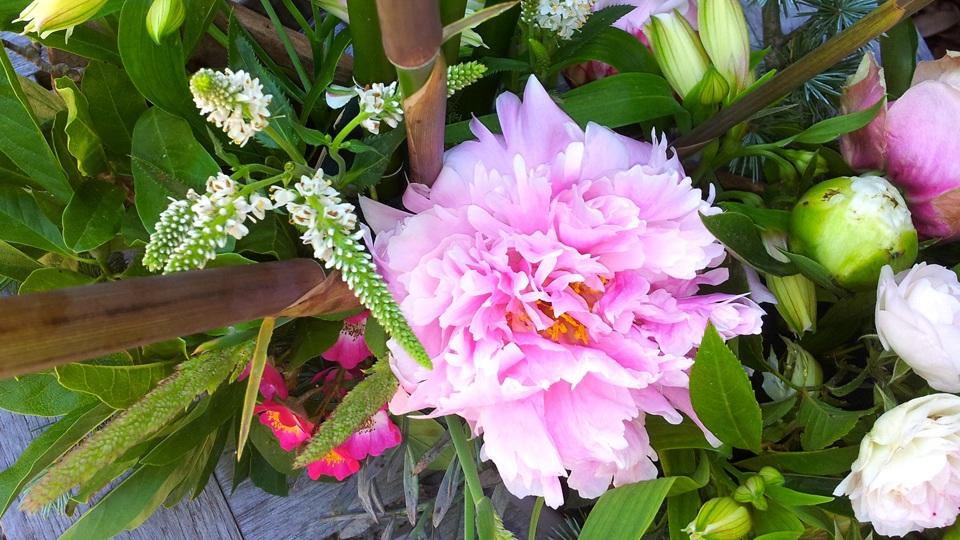 fleurs de saison, composition florale, bouquet
